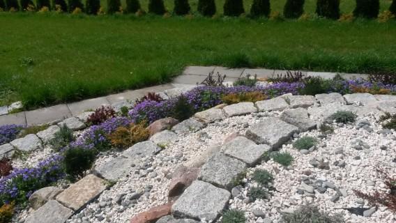 Ogród skalny - kamienne tarasy